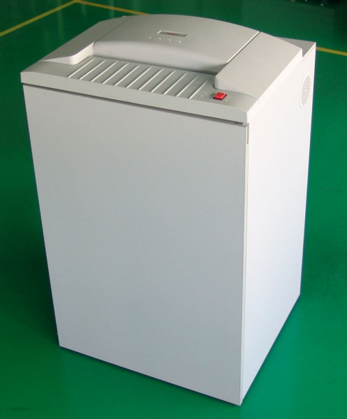 Roto 700 CC-3 - 3,8 x 40mm Karton Shredder